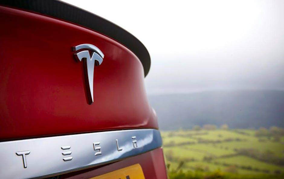 Tesla improves Model S acceleration with software update ...