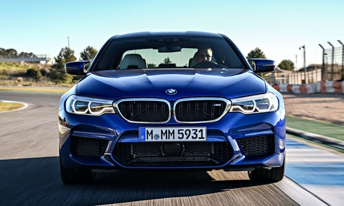 2018 BMW M5 F90 on track