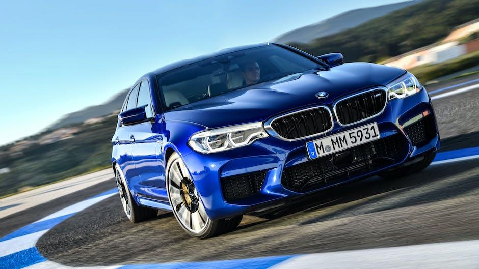 2018 BMW M5 F90 twin-turbo V8