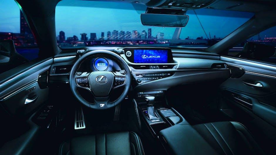 2019 Lexus ES interior with Apple CarPlay