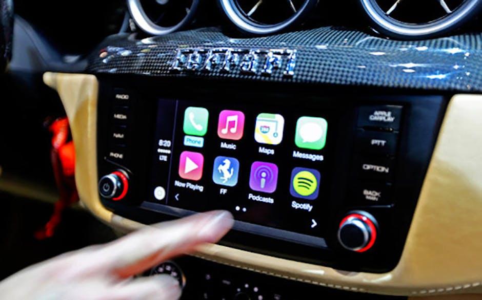 Apple CarPlay debuts in the Ferrari FF | Recombu