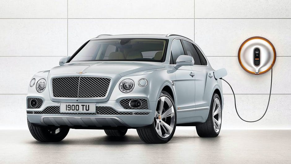 Bentley Bentayga plug-in hybrid at the 2018 Geneva Motor Show