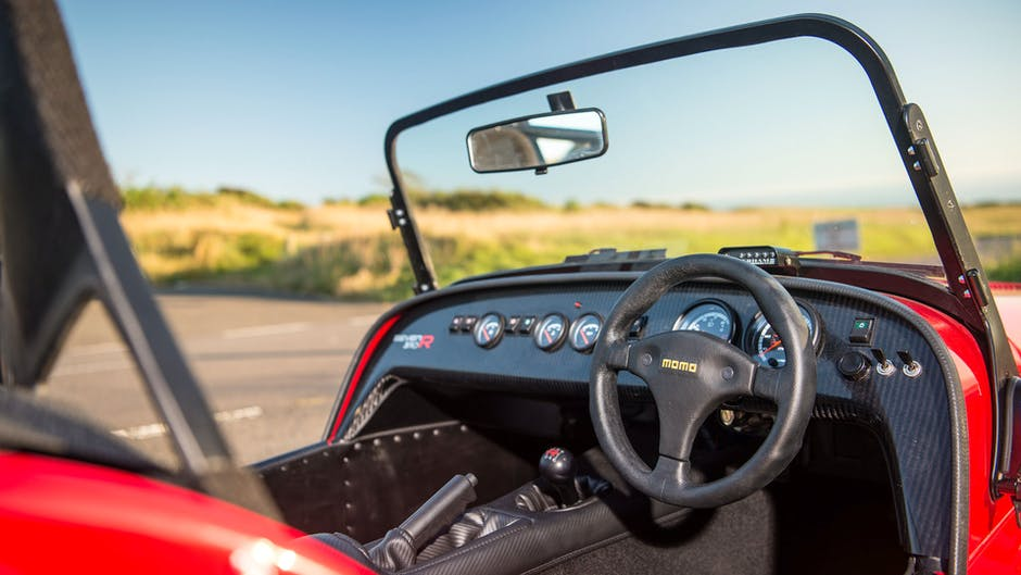Caterham 310R vs 310S interior