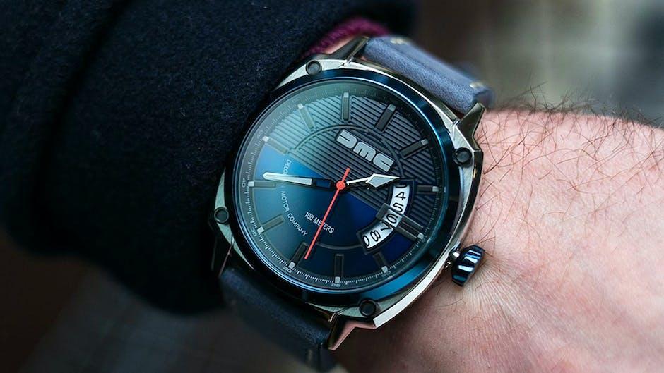 DeLorean watch by DMC in blue