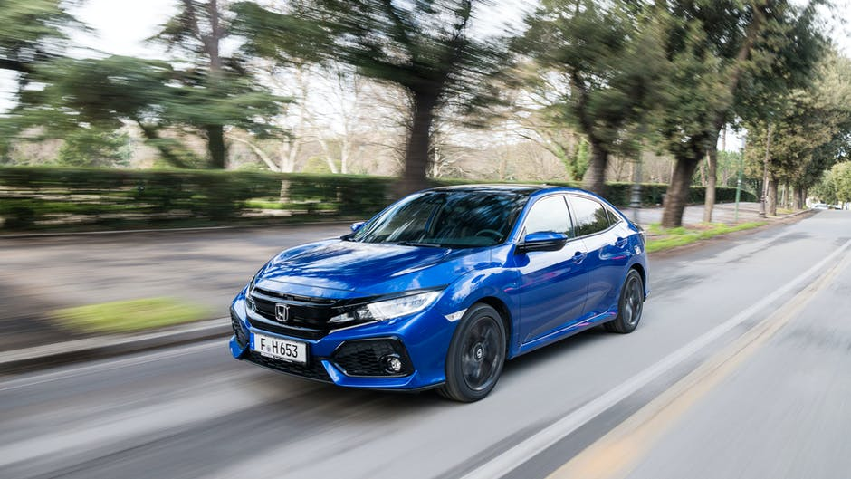 2018 Honda Civic 1.6 i-DTEC diesel from the front on-road