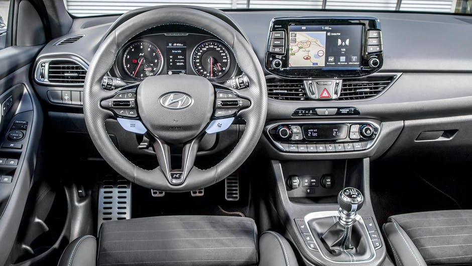 Hyundai i30 N Performance interior and infotainment