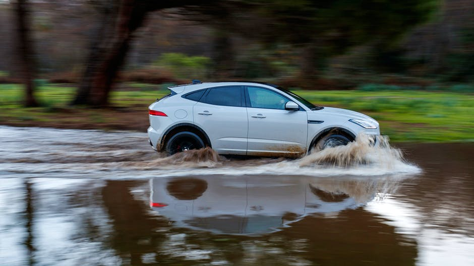 Jaguar E-Pace P300 R-Dynamic in water
