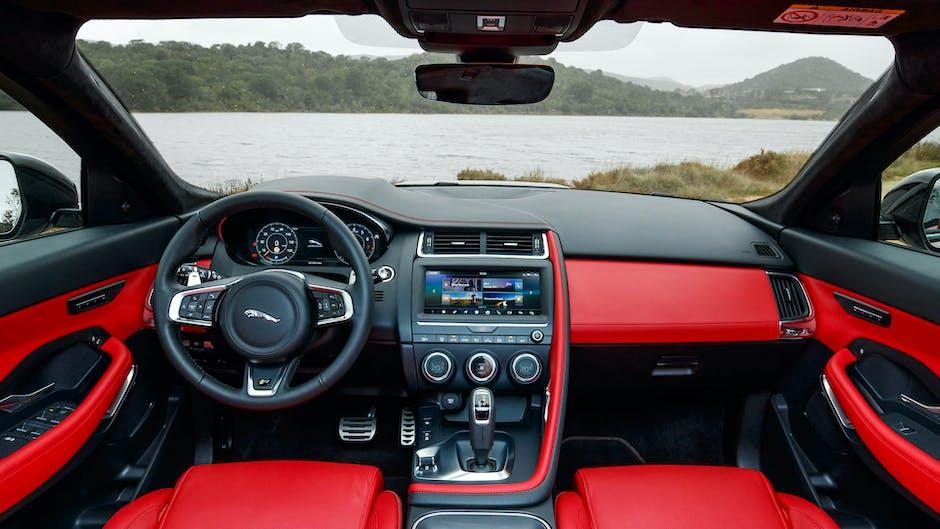 Jaguar E-Pace P300 R-Dynamic red interior